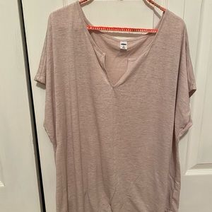 Old Navy brand short sleeve tunic top. Pale pink.
